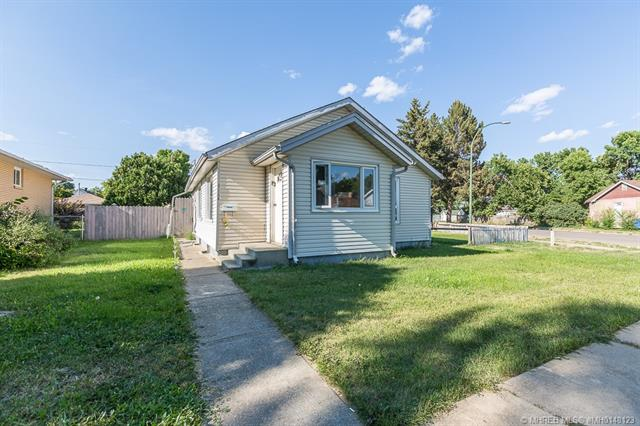 836 B 4 Street SE, 3 bed, 2 bath, at $199,900