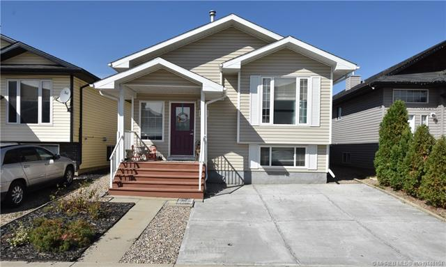 265 Somerset Way SE, 3 bed, 2 bath, at $269,900
