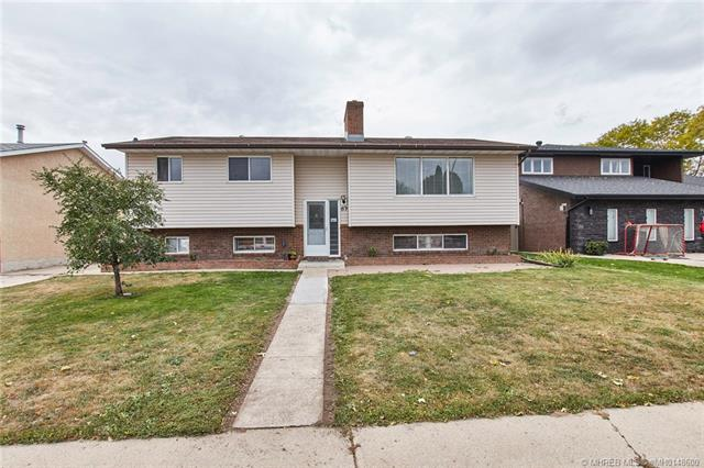83 Cunliffe Crescent SE, 4 bed, 2 bath, at $289,999
