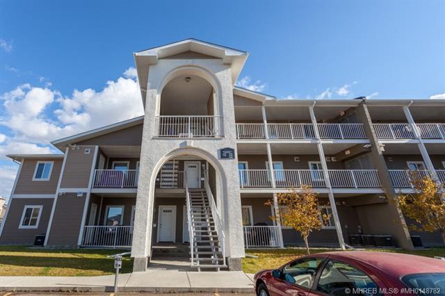 340 Southlands Pointe SE, 2 bed, 2 bath, at $208,500