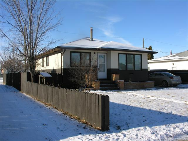 22 Colter Crescent NW, 4 bed, 2 bath, at $189,900