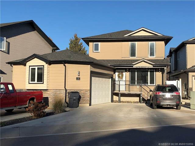 72 Greenwood Court SW, 3 bed, 3 bath, at $349,000