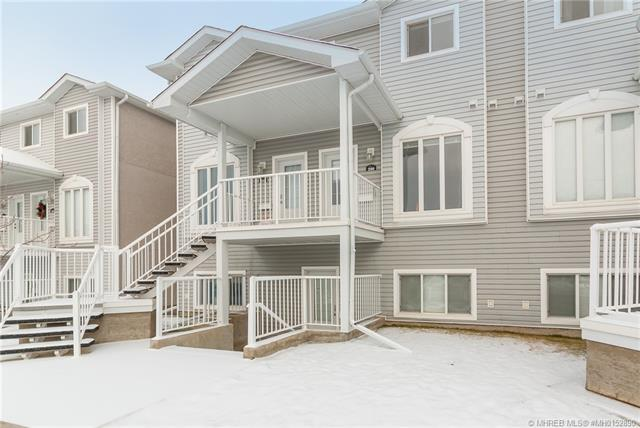 200 Northlands Pointe NE, 3 bed, 2 bath, at $153,500
