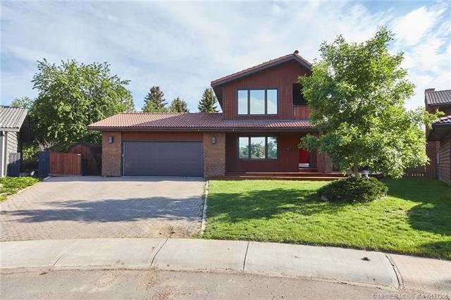 16 Ross Heights Court SE, 5 bed, 4 bath, at $419,900