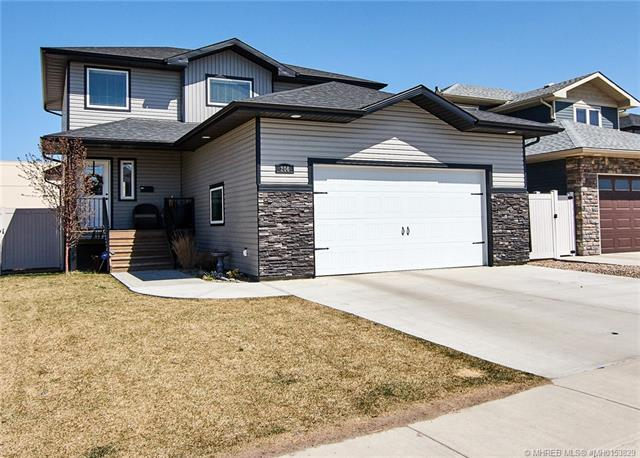 206 Somerside Road SE, 3 bed, 3 bath, at $399,900