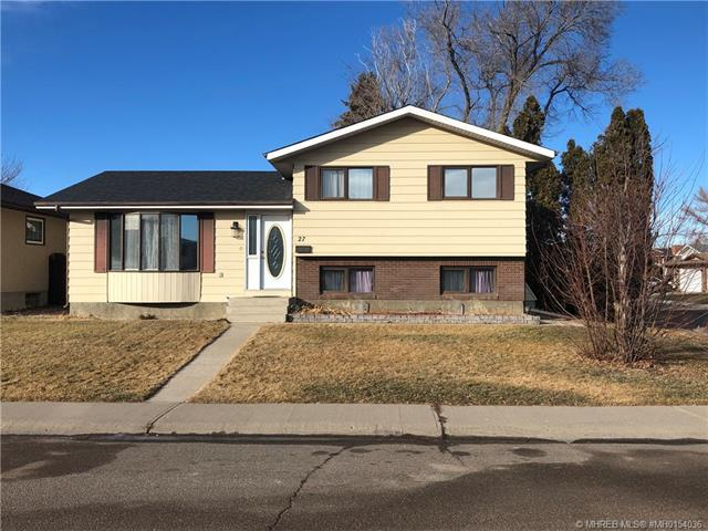 27 Ross Haven Place SE, 5 bed, 3 bath, at $279,000