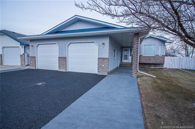64 Shannon Crescent SE, 3 bed, 3 bath, at $299,900
