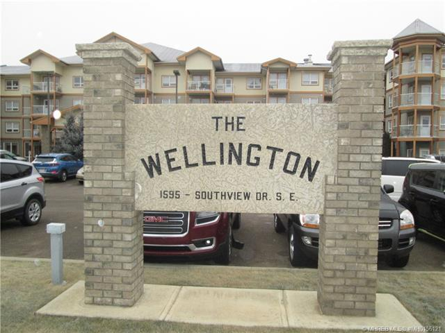 1595 Southview Drive SE #403, 1 bed, 1 bath, at $134,900