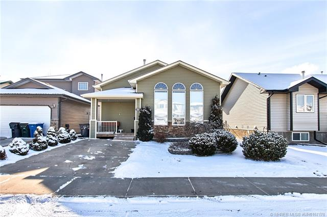 59 Sunset Crescent SW, 4 bed, 3 bath, at $359,900