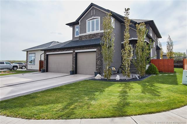 42 King Canyon Place SW, 4 bed, 4 bath, at $669,900