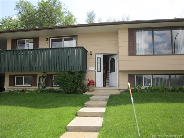 15 Valleyview Drive SW, 3 bed, 3 bath, at $274,900