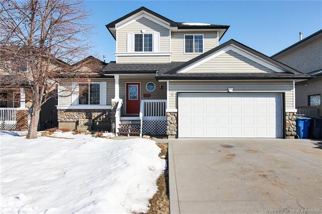 8 Stanfield Way SE, 3 bed, 4 bath, at $359,900