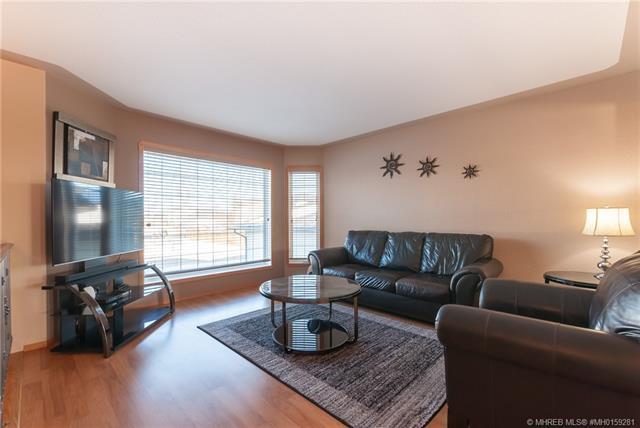 35 Terrace Crescent NE, 4 bed, 3 bath, at $375,500