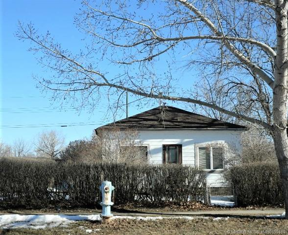 202 3 Avenue E, 2 bed, 1 bath, at $49,900
