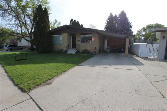 2539 Mccaig Crescent SE, 5 bed, 2 bath, at $244,900