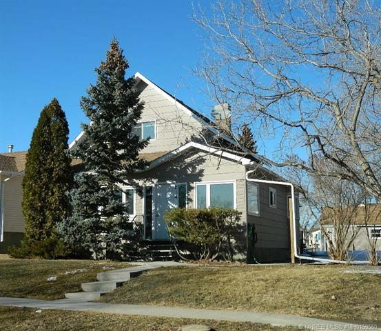 214 3 Avenue E, 2 bed, 2 bath, at $103,000