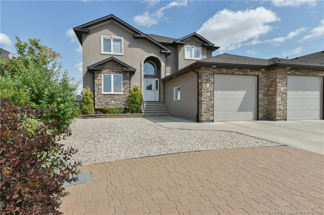 8 Sierra Close SW, 4 bed, 4 bath, at $639,900