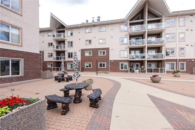 1182 Southview Drive SE #326, 2 bed, 2 bath, at $299,900