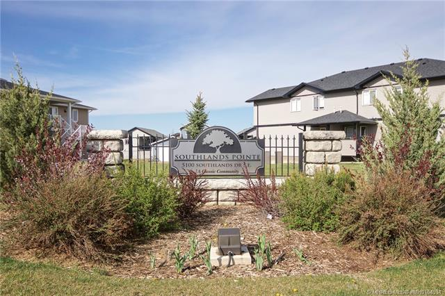 121 Southlands Pointe SE, 3 bed, 1 bath, at $205,000