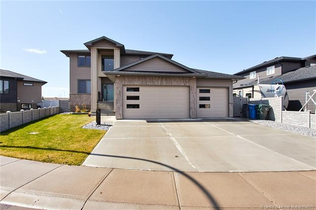 340 Somerside Crescent SE, 5 bed, 4 bath, at $624,900