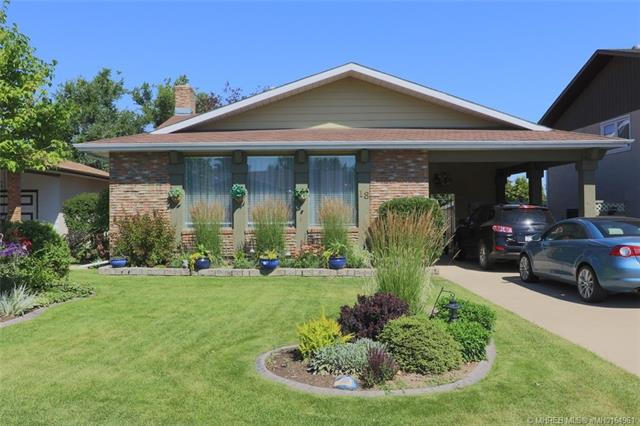 18 Buttercup Court SE, 4 bed, 3 bath, at $349,900
