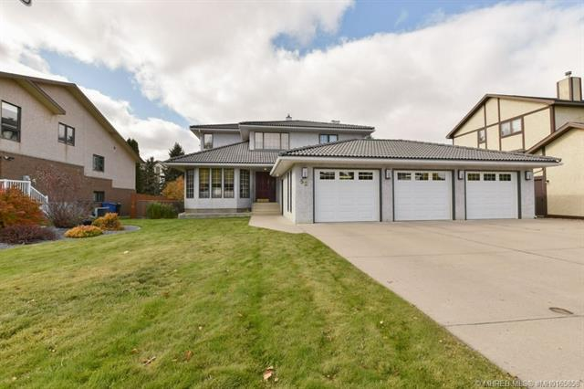 52 Valleyview Drive SW, 5 bed, 4 bath, at $749,000
