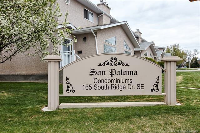 165 Southridge Drive SE #401, 3 bed, 4 bath, at $224,900