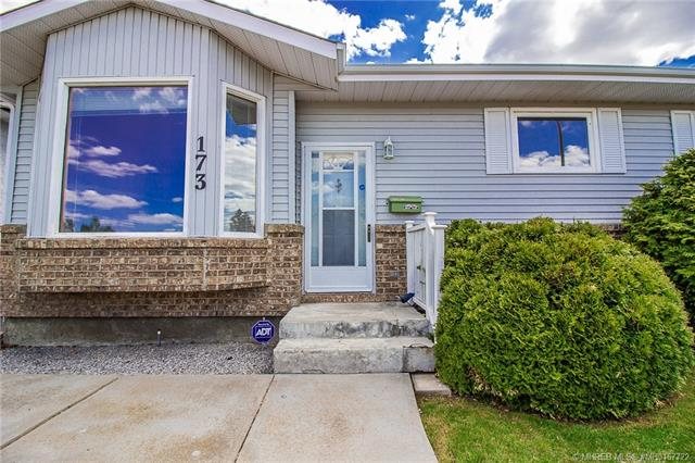 173 Stapeford Crescent SE, 4 bed, 3 bath, at $304,900