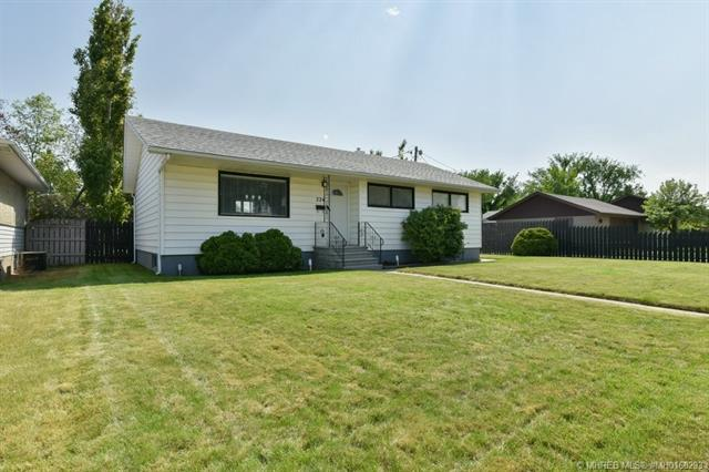 224 Mitchell Crescent NW, 5 bed, 2 bath, at $289,900