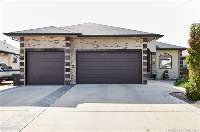39 Sunset Road SW, 4 bed, 3 bath, at $599,500