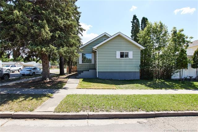 1177 Queen Street SE, 3 bed, 2 bath, at $154,500