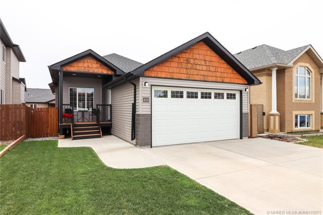 444 Somerset Way SE, 4 bed, 3 bath, at $359,900