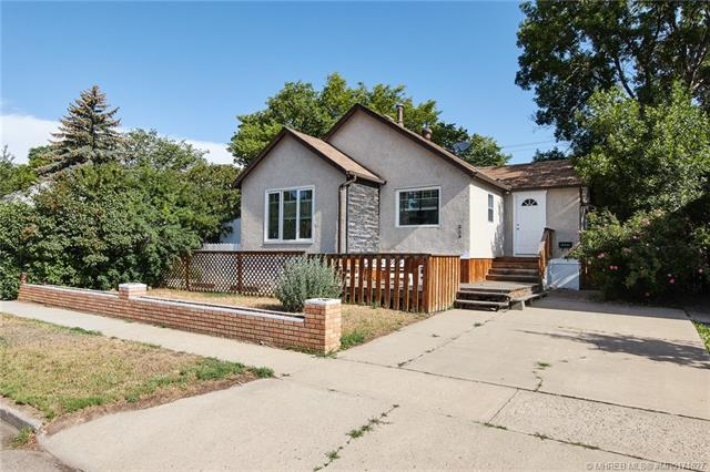336 2 Street NW, 4 bed, 2 bath, at $249,900