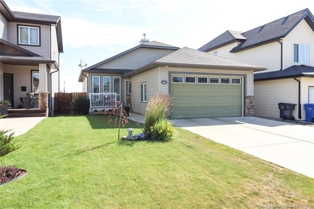 4867 Southlands Drive SE, 3 bed, 3 bath, at $342,900