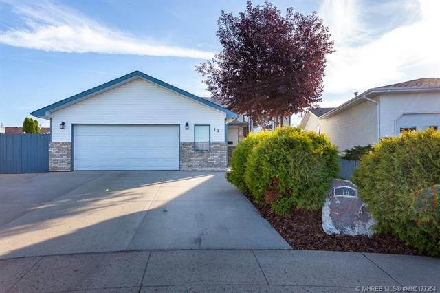 19 Shannon Drive SE, 4 bed, 3 bath, at $369,900