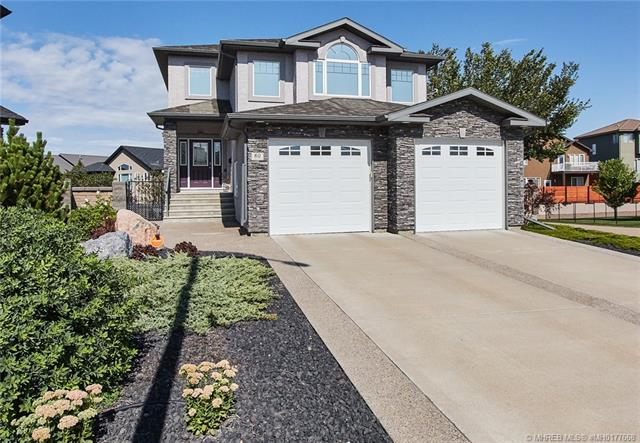 60 Sierra Place SW, 4 bed, 4 bath, at $538,500