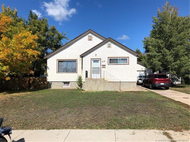 374 10 Street SE, 4 bed, 1 bath, at $179,900