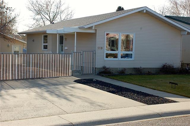 559 19 Street NE, 4 bed, 2 bath, at $249,500