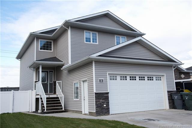 30 Somerset Cove SE, 4 bed, 4 bath, at $419,900