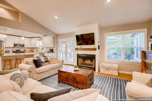 262 E Elmview Pl, 3 bed, 3 bath, at $495,000