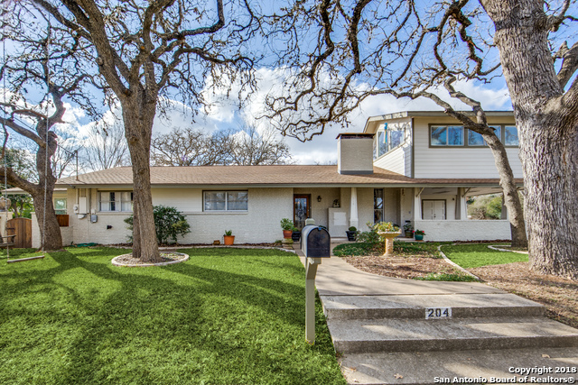204 2nd St, 2 bed, 2 bath, at $449,000