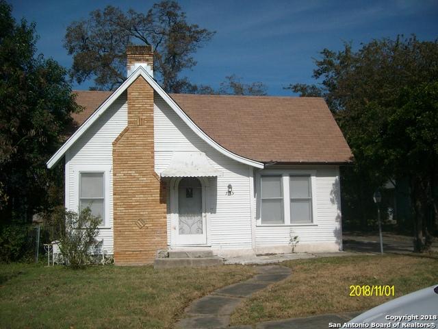 735 W Lynwood Ave, 3 bed, 1 bath, at $235,000