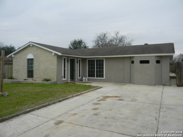 6106 Lockend St, 4 bed, 2 bath, at $170,000