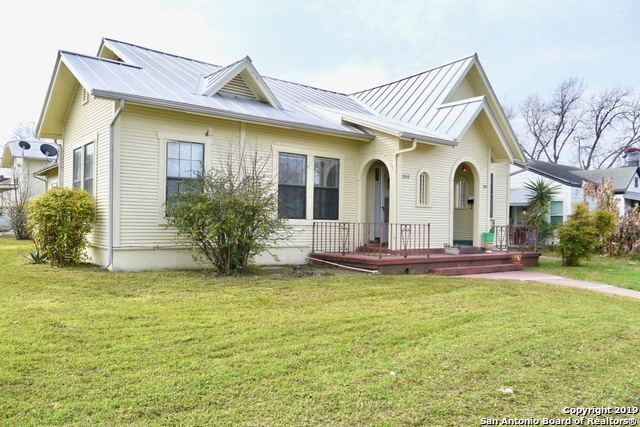1346 Schley Ave, 2 bed, 1 bath, at $845