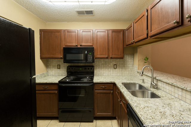 10254 Dover Ridge Apt 804, 2 bed, 3 bath, at $110,000