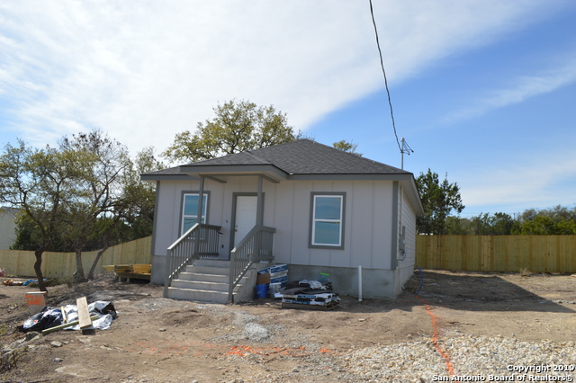1260 Mountain View Dr, 2 bed, 2 bath, at $143,900