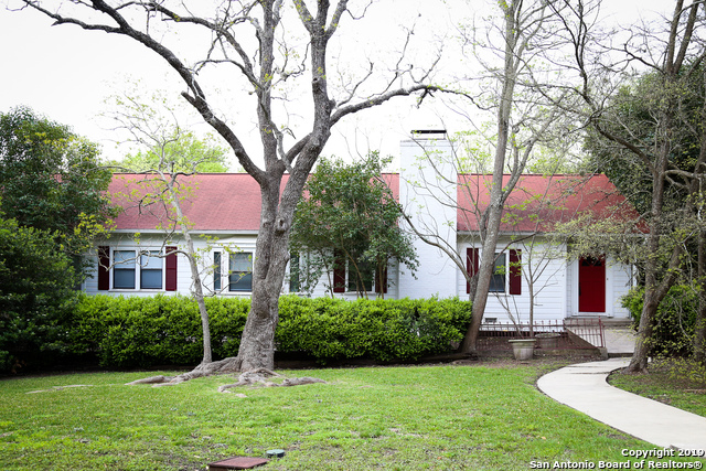 628 Terrell Rd, 3 bed, 2 bath, at $2,750