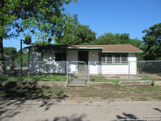 911 S Murry St, 2 bed, 1 bath, at $54,900