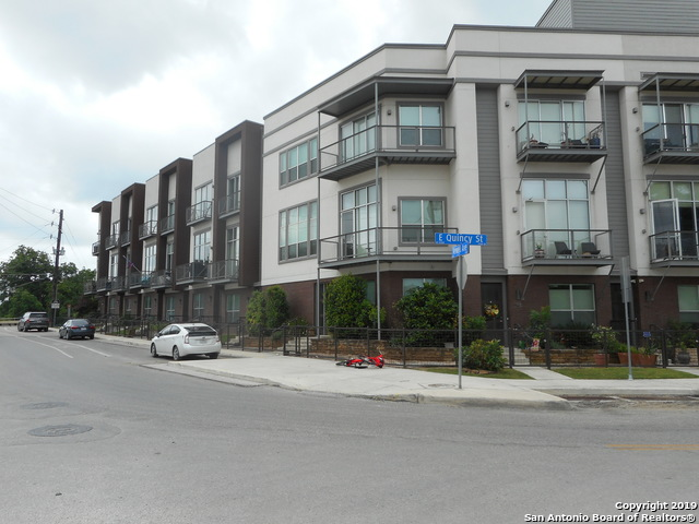 1130 E Quincy St, 2 bed, 4 bath, at $490,000