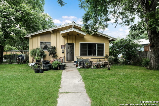 1002 W Lullwood Ave, 2 bed, 1 bath, at $179,000